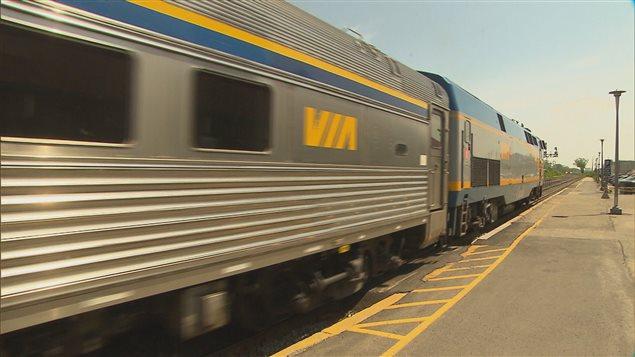 Un train de Via Rail
