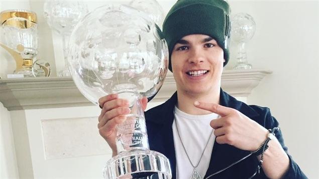 Mikaël Kingsbury et son globe de cristal