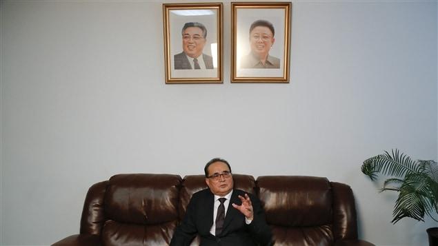 Le ministre des Affaires étrangères de la Corée du Nord, Ri Su Yong
