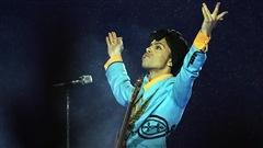 Des opiacés retrouvés sur Prince, selon des médias américains