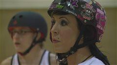 Julie Chevrier, alias TAB-RRR-KNUCKLE, une passionnée de roller derby