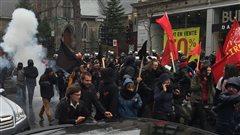 Légers débordements lors de la manifestaton de la CLAC à Montréal