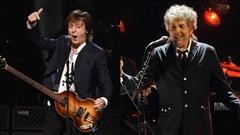 Réunion historique sur scène des Stones, de McCartney et de Dylan