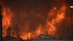 Peut-on attribuer les feux de forêt en Alberta aux changements climatiques?
