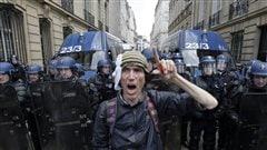 Tensions en France alors que s'amorcent les débats sur la réforme du travail