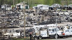 Le brasier de Fort McMurray laissera des cendres toxiques, disent des experts