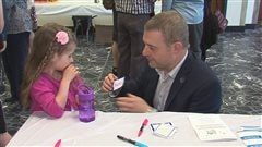 De retour au boulot, le député de Sherbrooke Luc Fortin se promet de garder un meilleur équilibre travail-famille