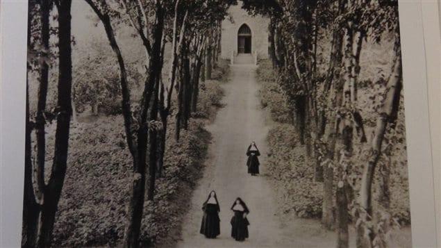 L'allée de la chapelle en 1909