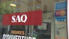 La SAQ va réduire ses prix au niveau de ceux de la LCBO en Ontario