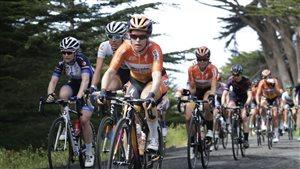 La cycliste d'Amos Karol-Ann Canuel lors d'une épreuve du Tour cycliste de Californie