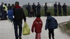 La Grèce entame le démantèlement du camp d'Idomeni