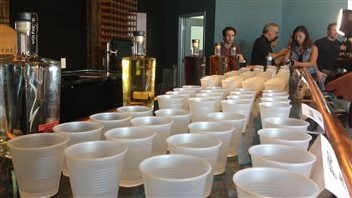 Les microbrasseries, vignobles et distilleries fleurissent dans le sud-ouest de l'Ontario