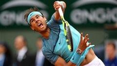 Nadal hésite, puis sprint vers le 3e tour à Roland-Garros