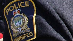 La police de Winnipeg a arrêté mercredi deux adolescents, une jeune fille de 16 ans et un garçon de 17 ans en lien avec une série de vols et d'entrées par effraction qui a eu lieu récemment et en octobre 2015.