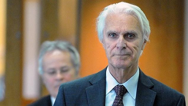 Jacques Delisle purge une peine de prison à vie pour le meurtre prémédité de sa femme, Nicole Rainville.