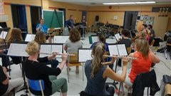 Le Grand orchestre de la Mauricie rend hommage à Bécaud