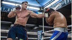 Cinquième victoire pour le boxeur Simon Kean