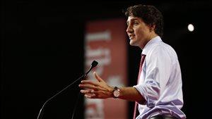 Le chef libéral Justin Trudeau devant les militants de son parti, à Winnipeg, le 28 mai