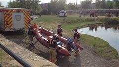 Les plongeurs repêchent le corps d'un homme dans le canal Lachine