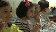 Visite inédite d'une école juive illégale