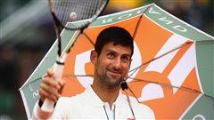 La pluie règne encore sur Roland-Garros