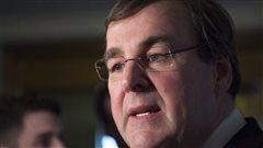 Aide sociale: les sanctions favorisent le retour au travail, dit le ministre Blais