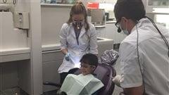 Des soins dentaires gratuits pour les réfugiés syriens à Ottawa