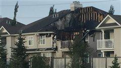 Un incendie force 18 personnes à quitter leur domicile dans le sud d'Edmonton