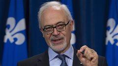 Québec n'écarte pas des baisses d'impôts
