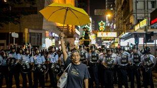 Une militante pro-démocratie à Hong-Kong