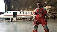 Un Edmontonien veut devenir le prochain astronaute canadien