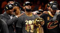 LeBron James devient joueur autonome, mais veut rester à Cleveland