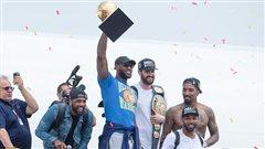 Retour triomphal à Cleveland des Cavaliers et de King James