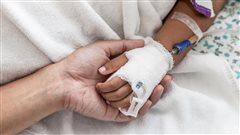 Aide médicale à mourir : devrait-on inclure les mineurs?