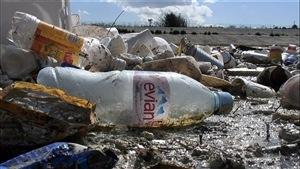 Le scandale des bouteilles d'eau en plastique