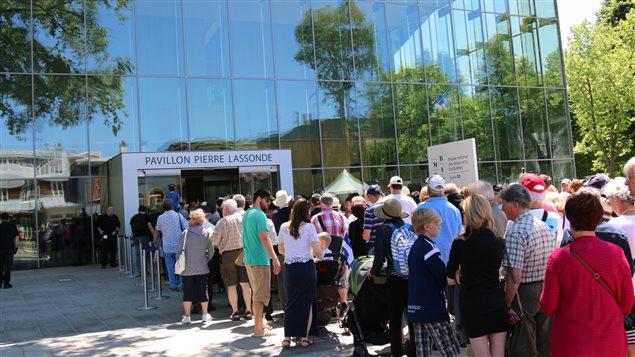 La foule s'est déplacée nombreuse pour inaugurer le pavillon Lassonde.