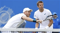 Daniel Nestor champion en double à Nottingham