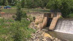 Des milliers de dollars pour le vieux barrage de Sawyerville