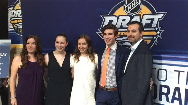Zachary Sawchenko, entouré de sa copine et des membres de sa famille