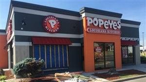 Le restaurant Popeyes où l'accident est survenu.