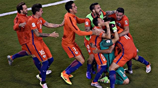 Le Chili célèbre sa victoire contre l'Argentine