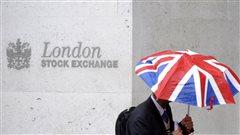 Les retombées du Brexit continuent à matraquer les marchés