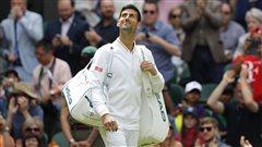 Solide rentrée à Wimbledon pour Djokovic
