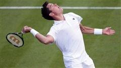 Raonic, Djokovic et Federer ouvrent avec force à Wimbledon