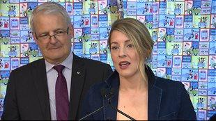 Les ministres Marc Garneau et Mélanie Joly