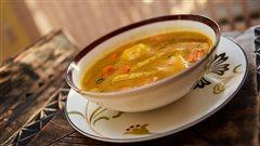 La soupe au giraumon, préparée par Fred, l'ami de Dominique Dennery.