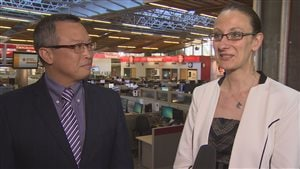 Le nouveau président de la Chambre de commerce francophone, Daniel Wang, et l'ancienne dirigeante Severine Arnaud