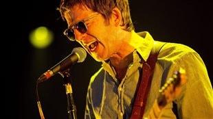 Noel Gallagher pendant un spectacle au Roskilde Festival en juillet 2015