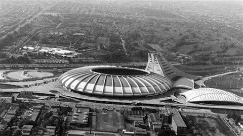 40 ans de concerts au stade olympique de montr al ici - Piscine du stade olympique ...