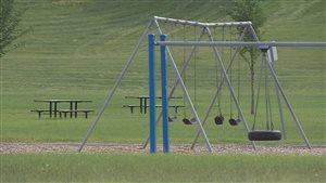 Les enfants sont absents des terrains de jeu de Fort McMurray.